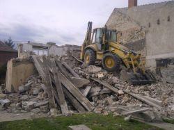 ÉPÜLETBONTÁS, TÖRMELÉK ÚJRAHASZNOSÍTÁSAföldmunka, bányászat, betondarálás, betontörés, építési hulladékszállítás, építőipar, homok, hulladékkezelés, kavics, törmelék szállítás