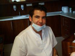 Angel DentiArt Fogászati Implantológiai Klinika      Dr.Csupor Péter fogszakorvos, implantológusfogorvos-fogtechnikus