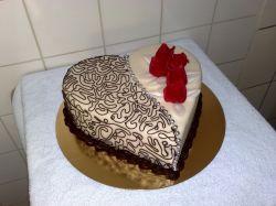 Kugler Cukrászdacukrászda, esküvői torták, fagylaltok, sütemények